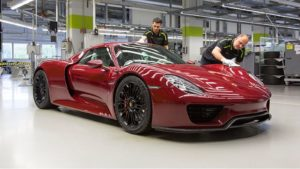 https://www.javankhodro.ir/wp-content/uploads/2015/06/Porsche_918_Spyder_-2_آخرین-پورشه-918-اسپایدر.jpg