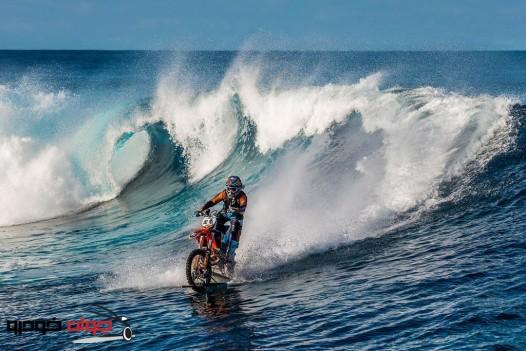 موتورسواری روی آب