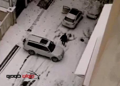 سر خوردن خودرو در خیابان لغزنده