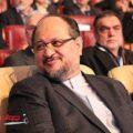 وزیر صنعت-محمد شریعتمداری